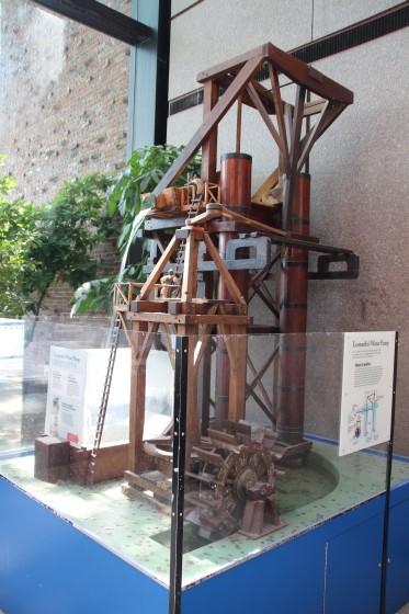 Leonardo's Water Pump